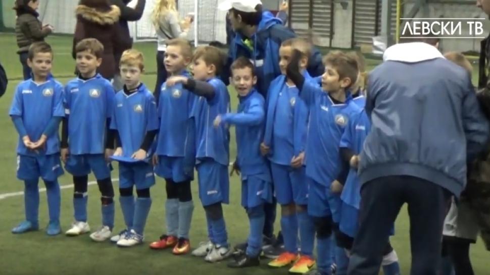 Децата на ЛЕВСКИ (2009 г.) стигнаха до финал на Коледен турнир