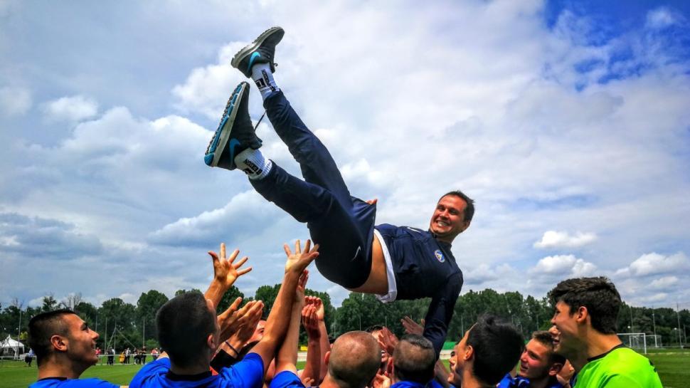 Левски (2003) шампион в зоналното първенство при младшата