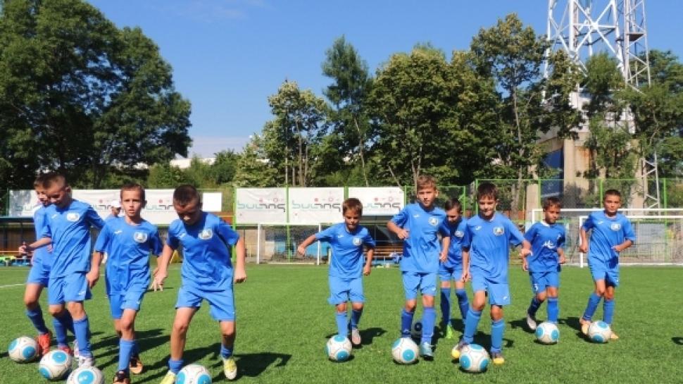 Промяна в тренировъчните занимания на допълнителните групи при децата